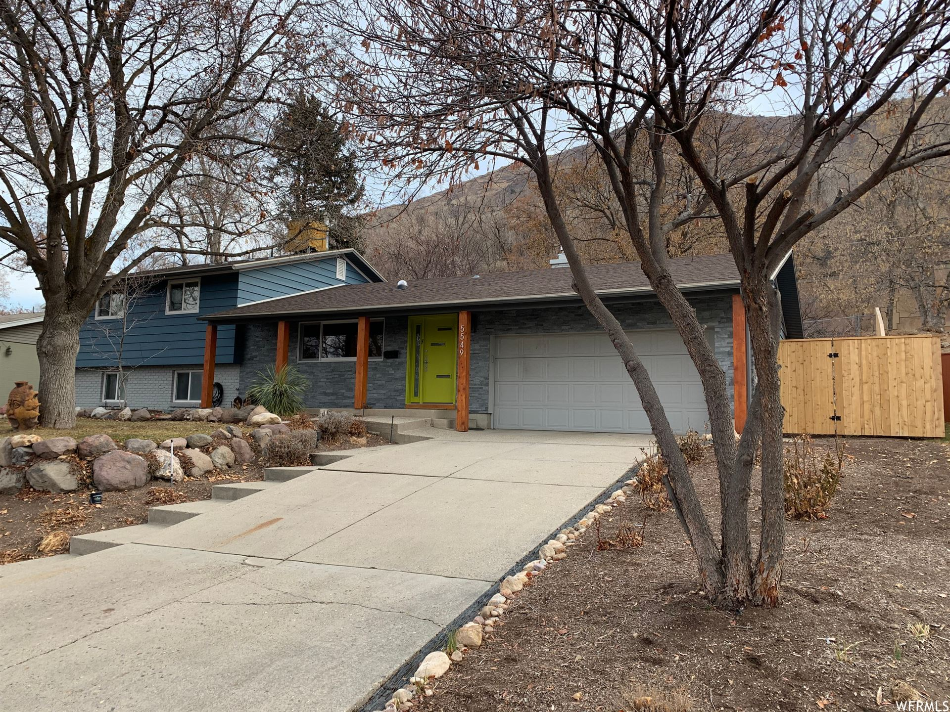 Photo of 5549 S INDIAN ROCK E RD, Holladay, UT 84117 (MLS # 1721234)