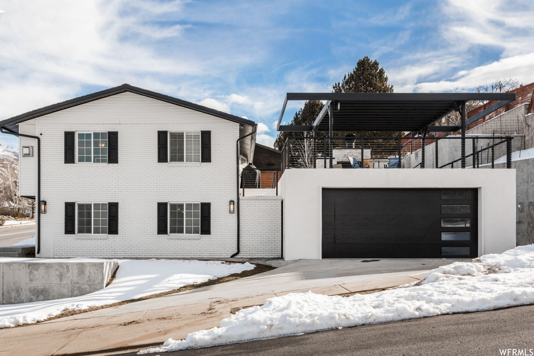 Photo of 1212 MUELLER PARK RD, Bountiful, UT 84010 (MLS # 1723261)