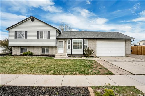 Photo of 5556 S TALON CIR, Salt Lake City, UT 84118 (MLS # 1734266)