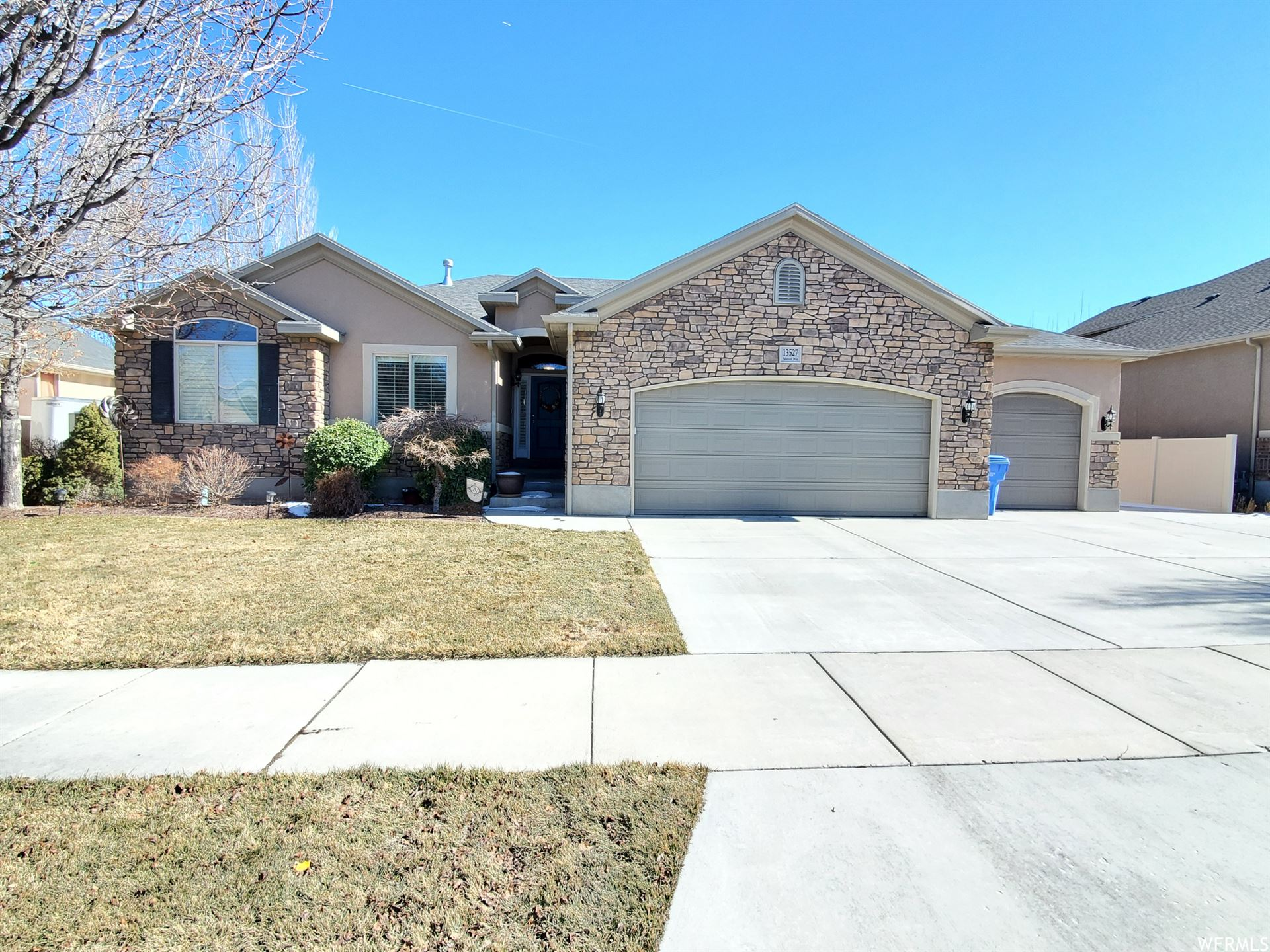 Photo of 13527 S PALAWAN WAY, Riverton, UT 84065 (MLS # 1727278)