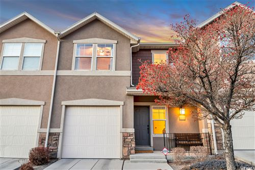 Photo of 149 E CHANDLERPOINTE WAY, Draper, UT 84020 (MLS # 1720284)