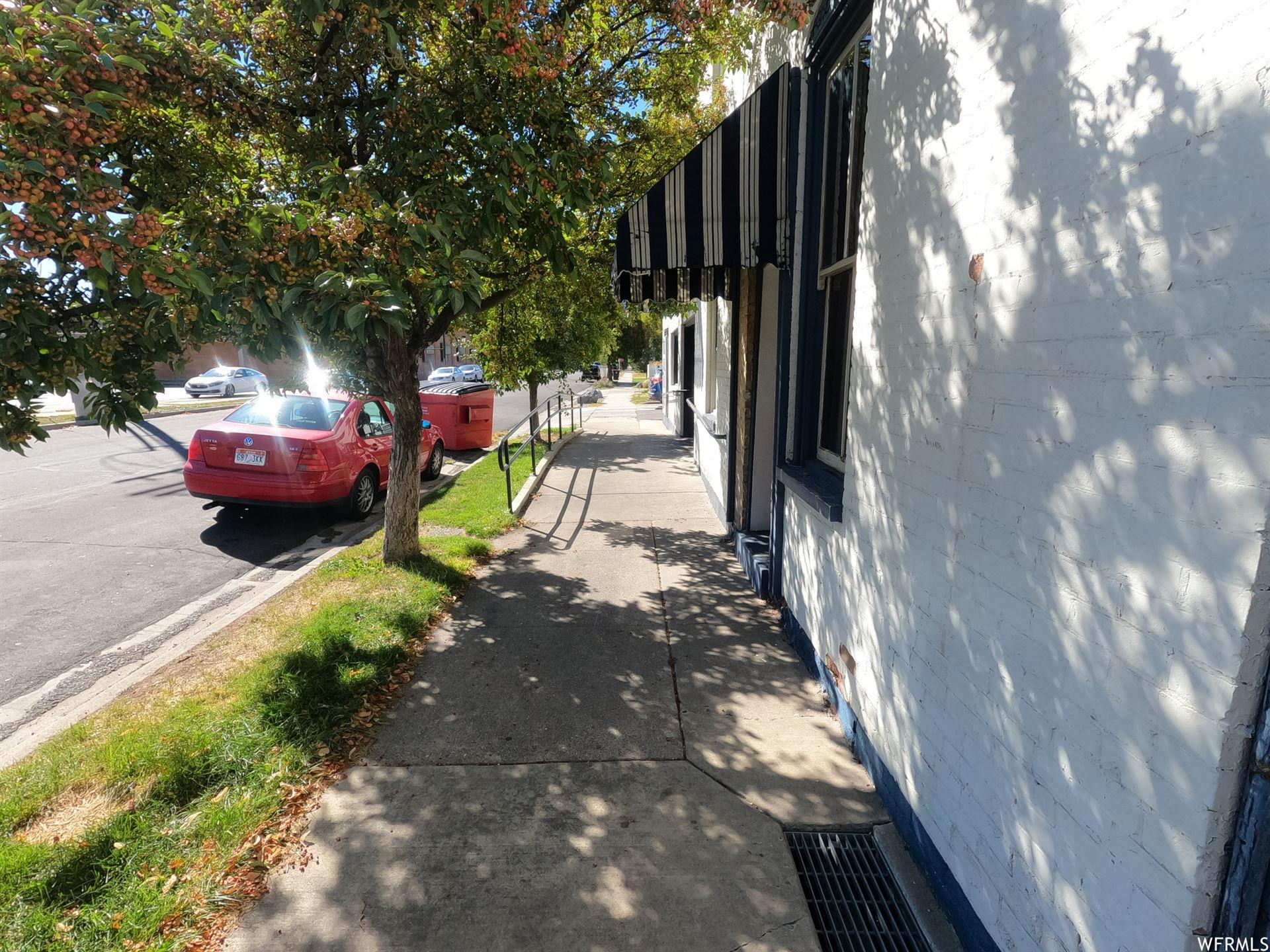 Photo of 296 S MAIN ST, Springville, UT 84663 (MLS # 1771284)