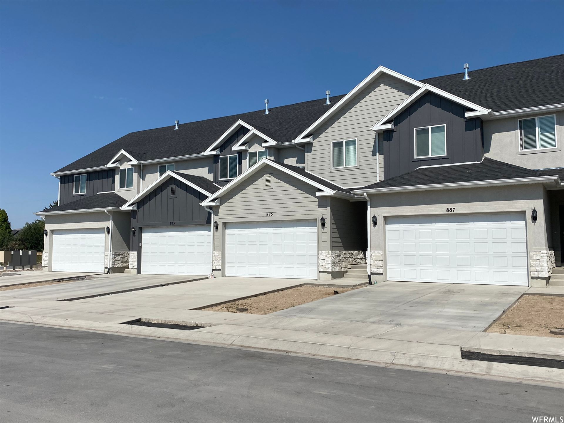 Photo of 897 E PACIFIC DR #13, American Fork, UT 84003 (MLS # 1774308)