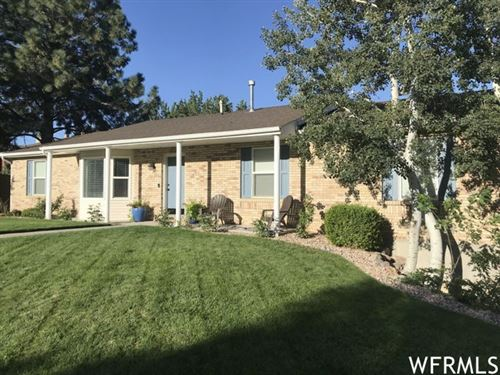 Photo of 11432 S MOUNTAIN RIDGE E CIR, Sandy, UT 84092 (MLS # 1721312)