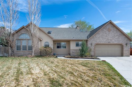 Photo of 1252 E SHADOW GATE CIR S, Sandy, UT 84094 (MLS # 1734324)