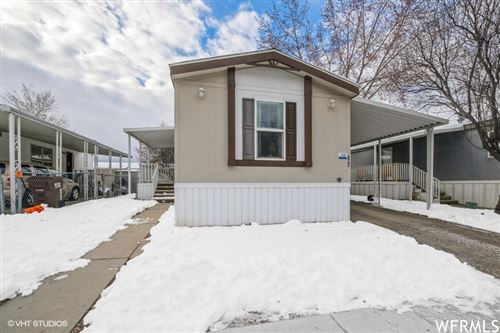 Photo of 260 E CRESCENT S WAY #210, Sandy, UT 84070 (MLS # 1726325)
