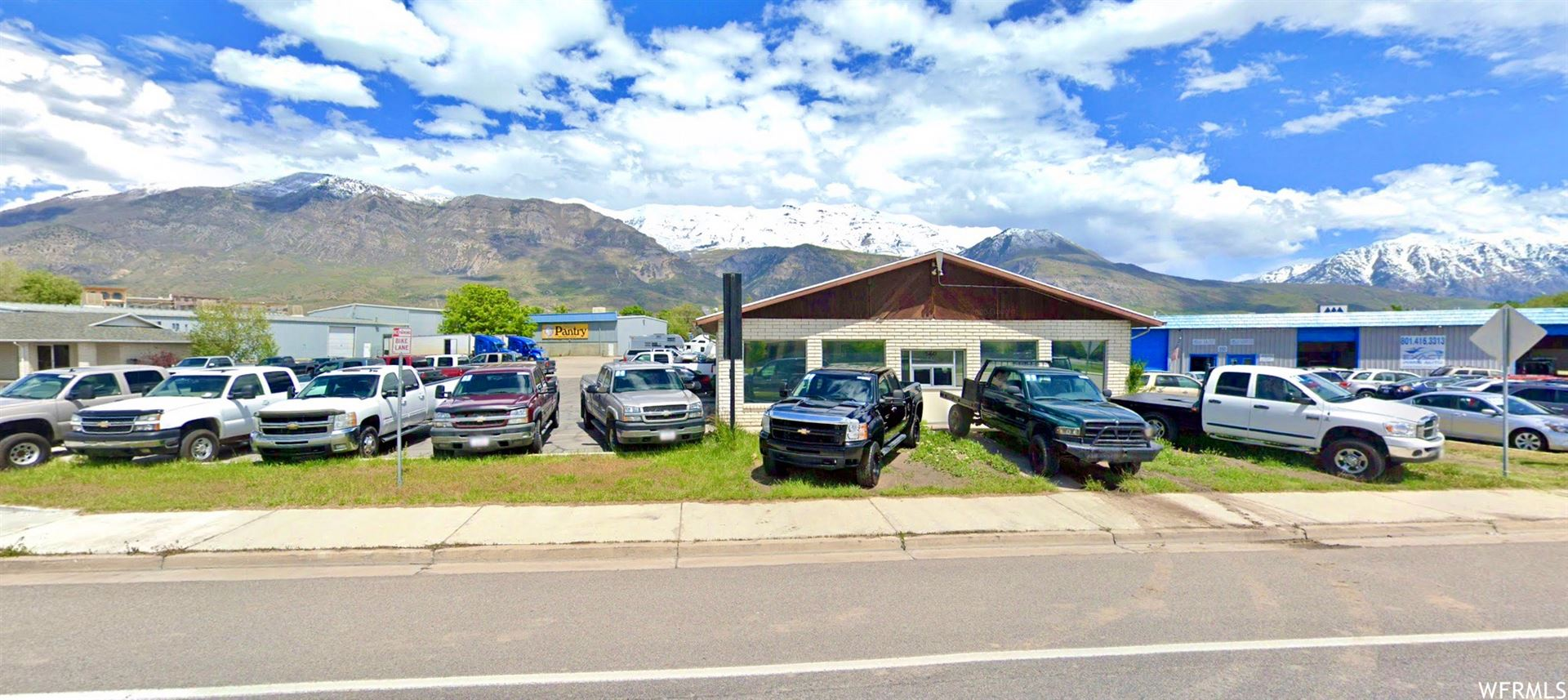 Photo of 560 W STATE RD, Pleasant Grove, UT 84062 (MLS # 1669325)