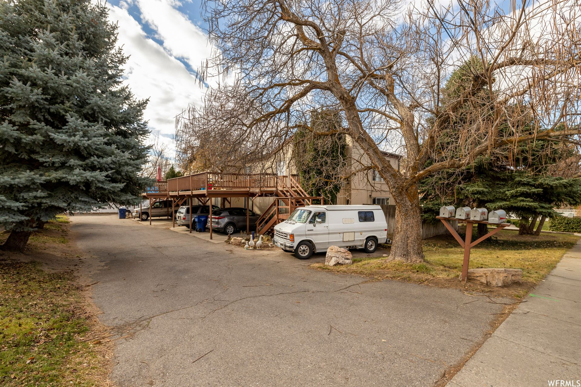Photo of 2224 E CLAYBOURNE AVE, Salt Lake City, UT 84109 (MLS # 1715332)