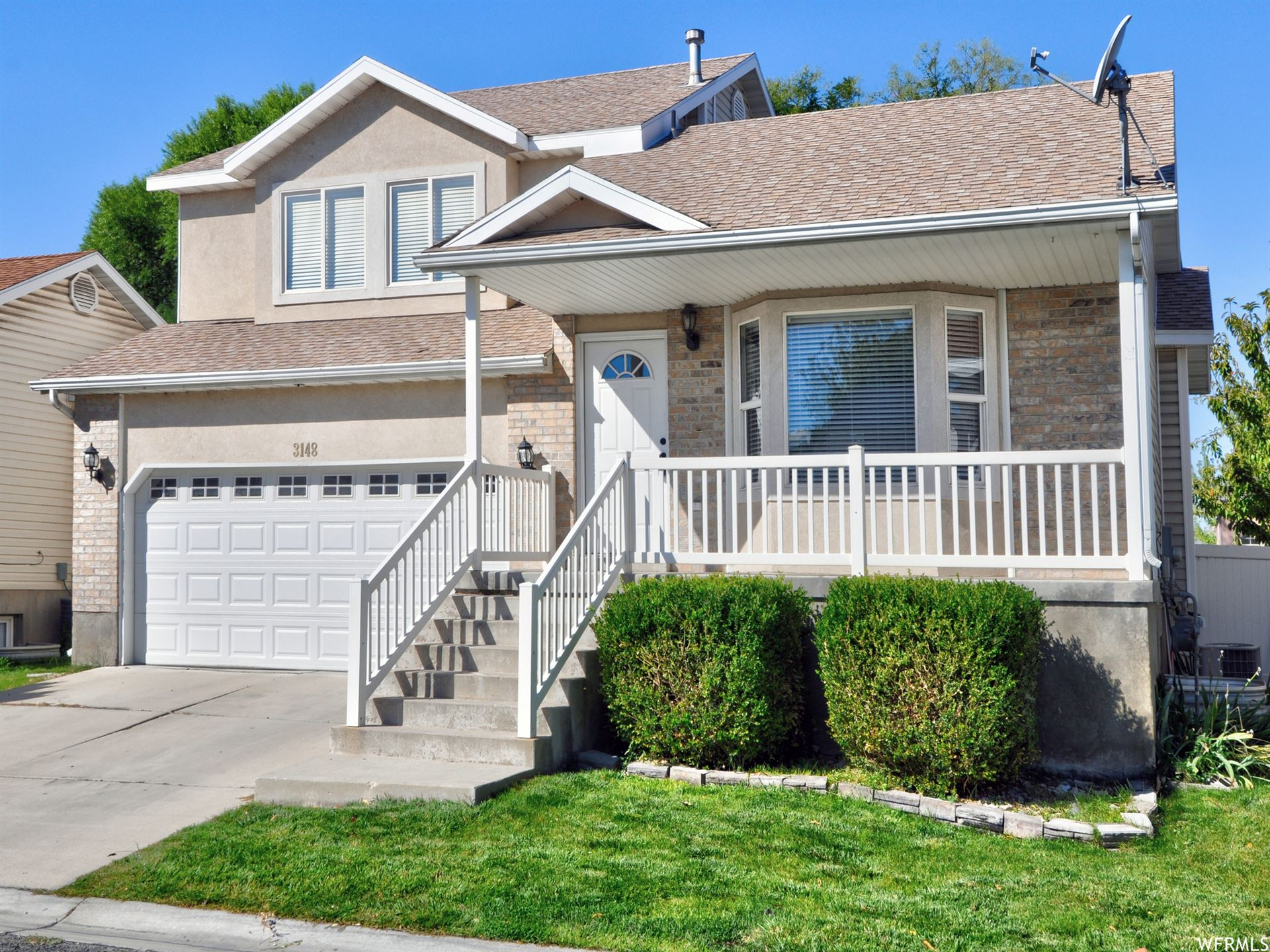 Photo of 3148 S IVY PARK DR, West Valley City, UT 84119 (MLS # 1770341)