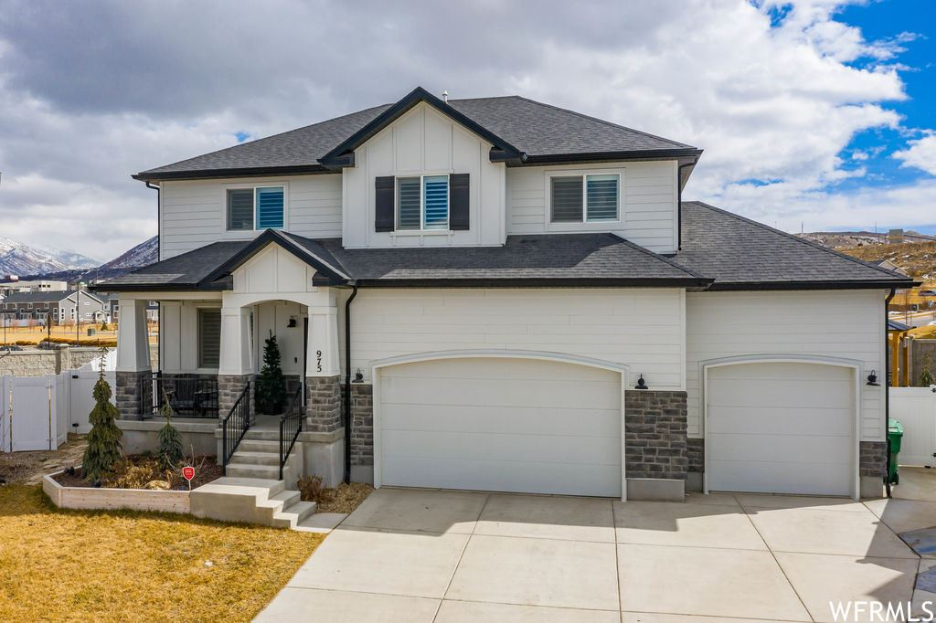 Photo of 975 W FIRELOCK WAY, Bluffdale, UT 84065 (MLS # 1726344)