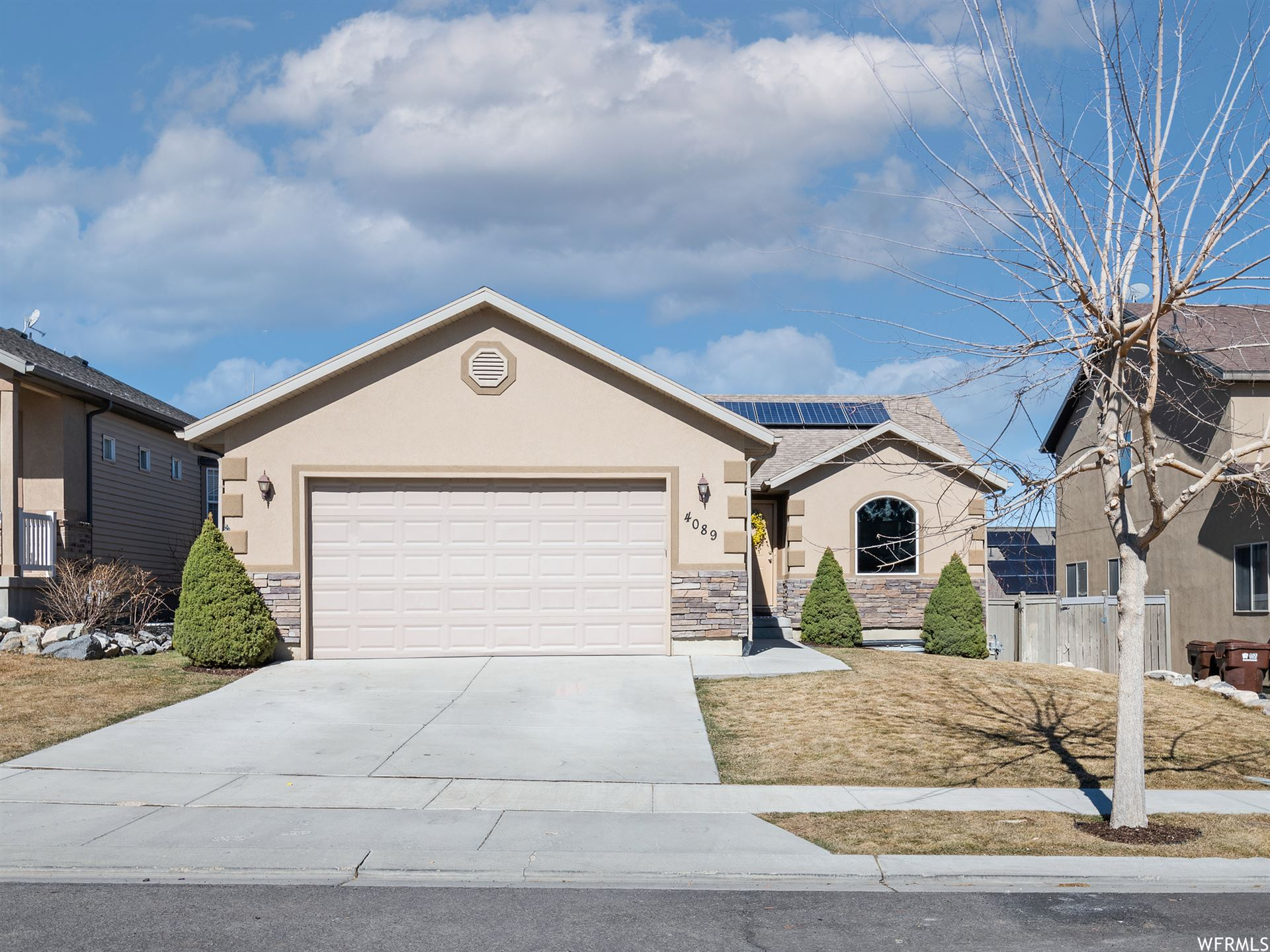 Photo of 4089 E MOHICAN DR, Eagle Mountain, UT 84005 (MLS # 1726364)