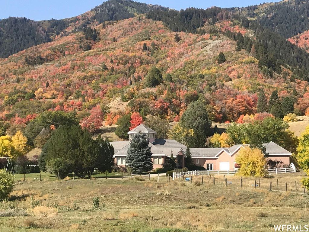Photo of 10212 COVERED BRIDGE DR, Spanish Fork, UT 84660 (MLS # 1770368)