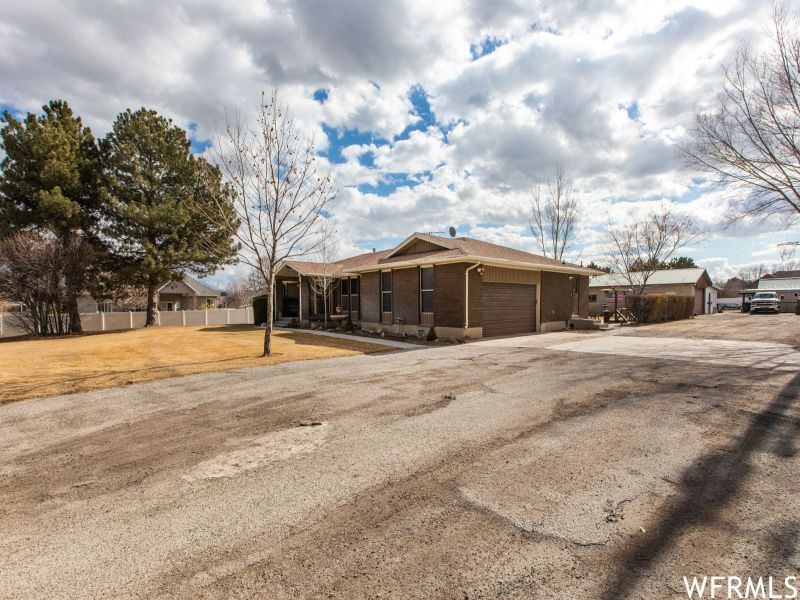 Photo of 3883 W 11800 S, Riverton, UT 84065 (MLS # 1724369)