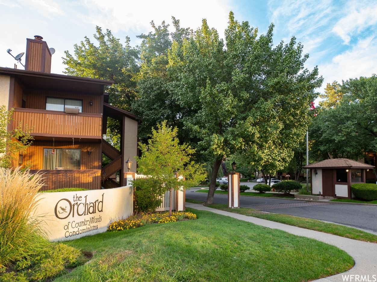 Photo of 6875 S COUNTRYWOODS CIRCLE E #D14, Midvale, UT 84047 (MLS # 1769376)