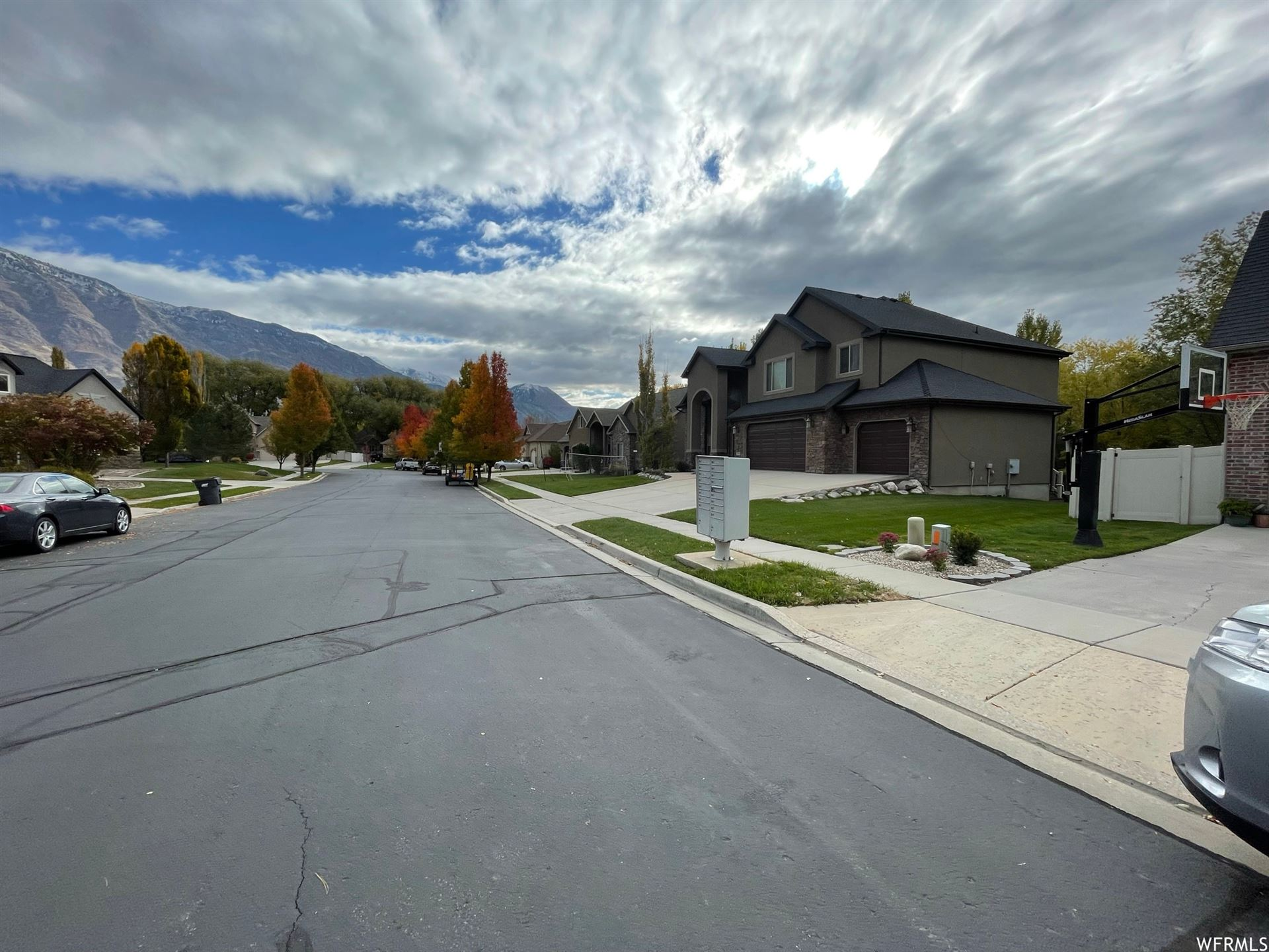 Photo of 1105 E 580 N, American Fork, UT 84003 (MLS # 1720388)