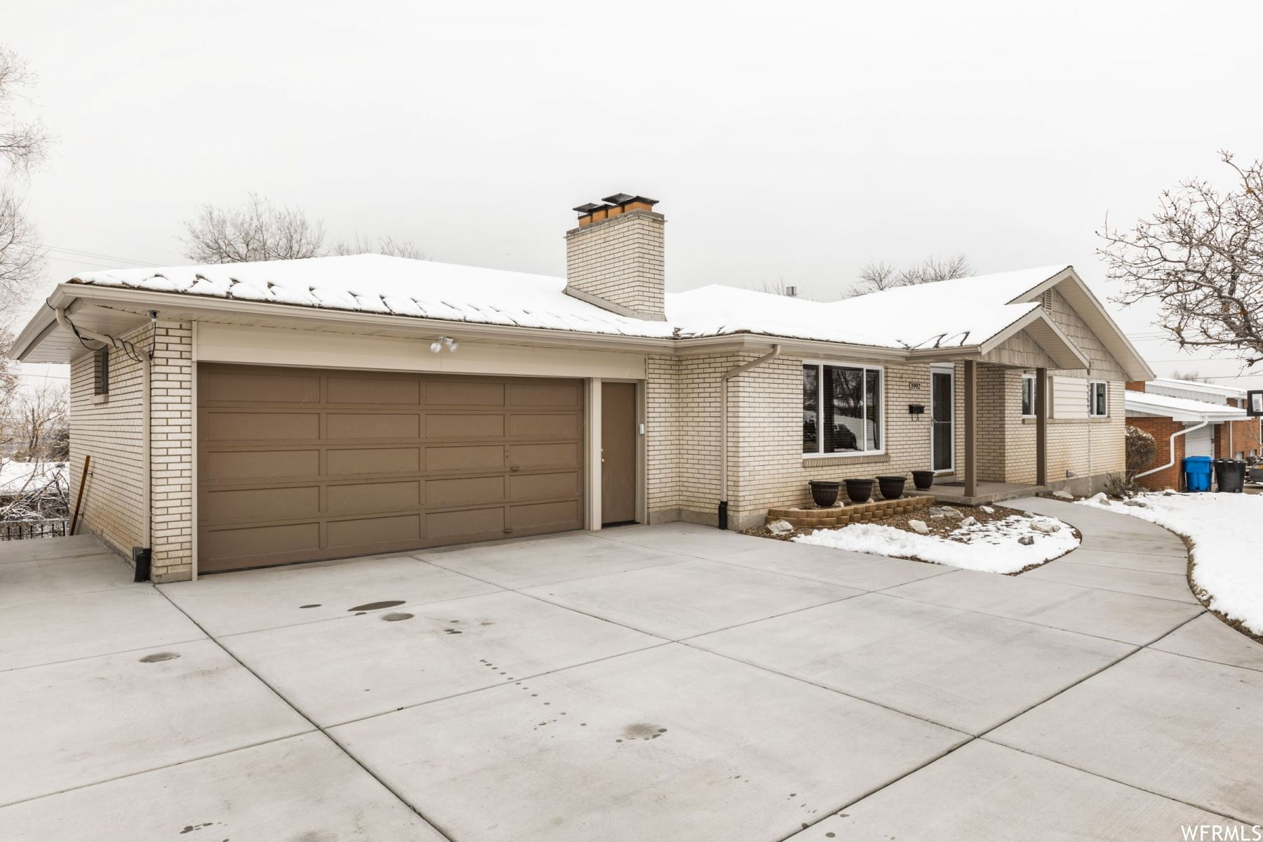 Photo of 1992 S 400 E, Bountiful, UT 84010 (MLS # 1725403)