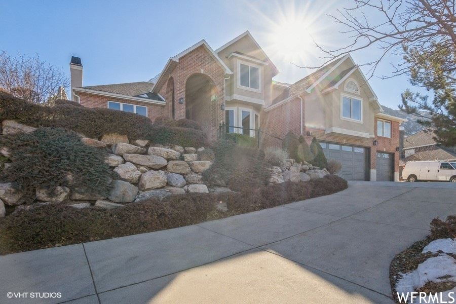 Photo of 4833 S WALLACE E LN, Holladay, UT 84117 (MLS # 1728410)