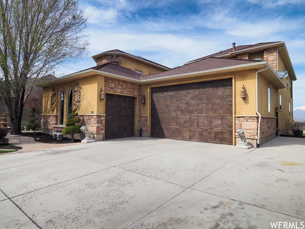 Photo of 1832 S GALLANT VIEW RD, Saratoga Springs, UT 84045 (MLS # 1709417)