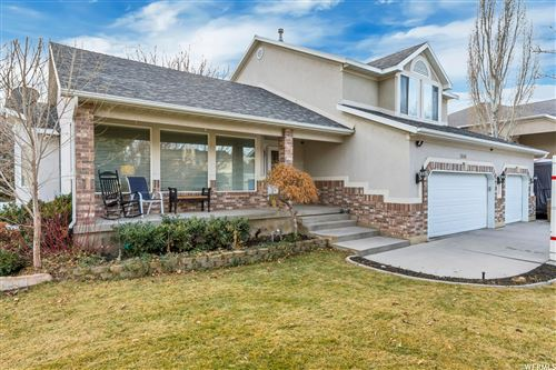 Photo of 1606 E INDIAN WELLS LANE S LN, Draper, UT 84020 (MLS # 1724430)