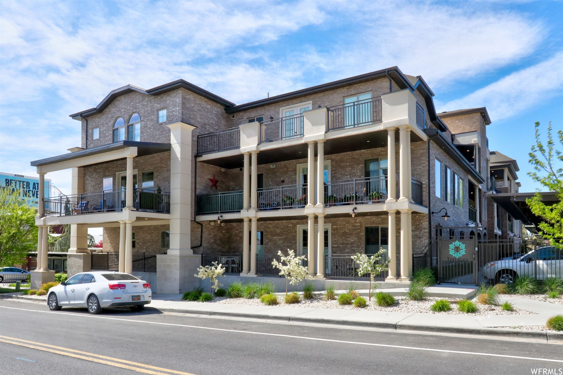 Photo of 2369 E MURRAY HOLLADAY S RD #101, Holladay, UT 84117 (MLS # 1740452)