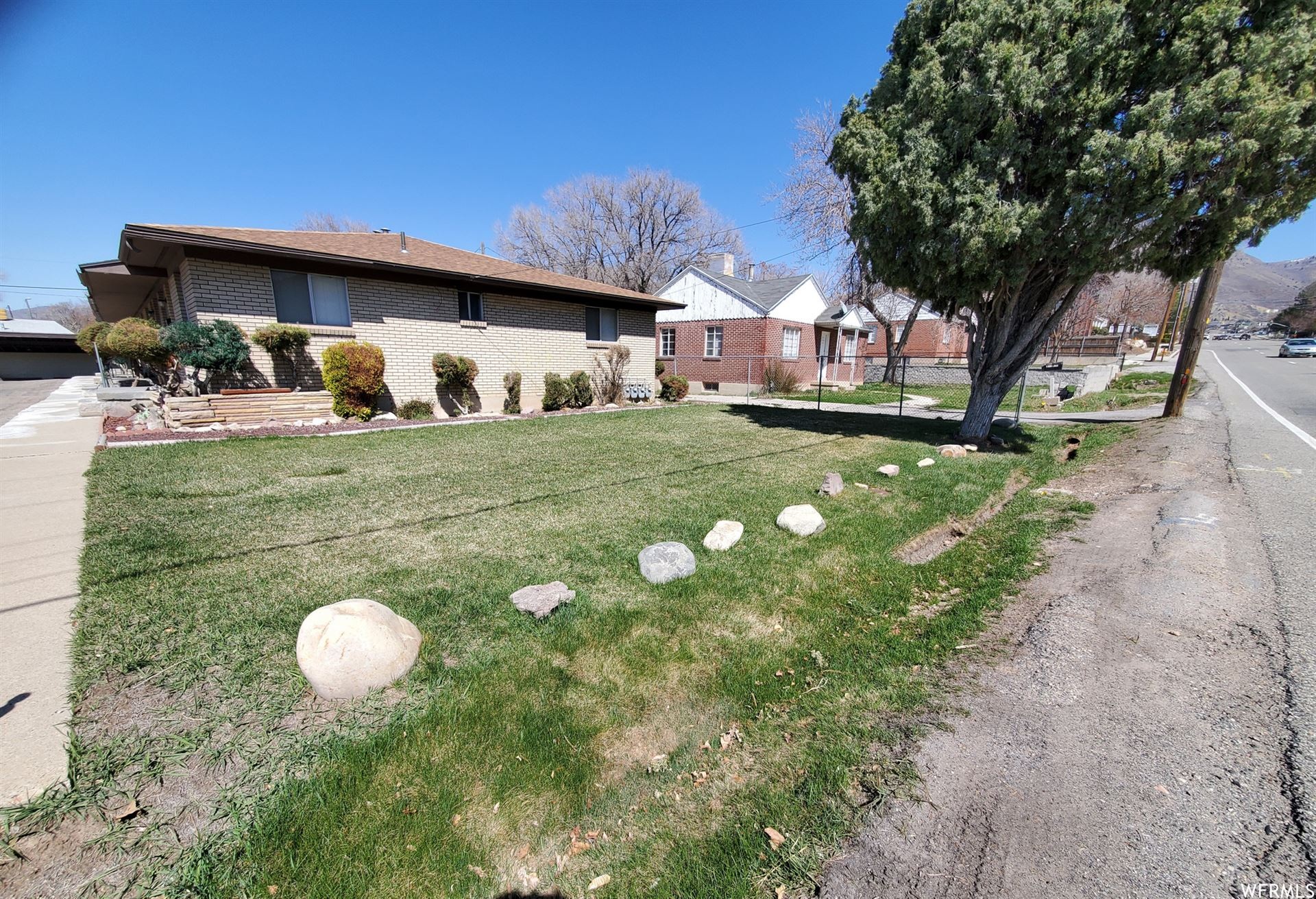 Photo of 2543 E 3300 S, Salt Lake City, UT 84109 (MLS # 1733459)
