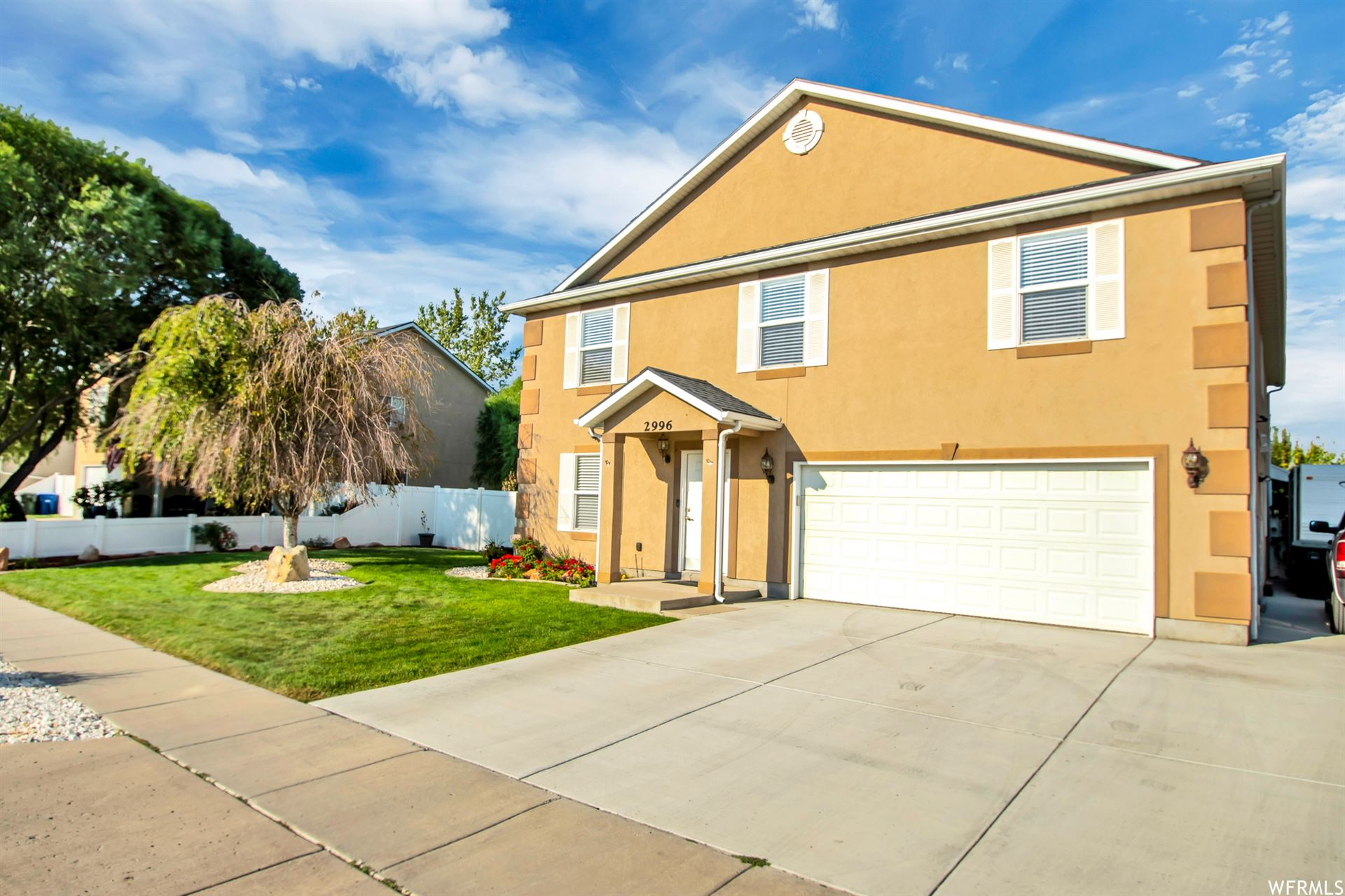 Photo of 2996 S HUNTER CANYON W DR, West Valley City, UT 84128 (MLS # 1769482)
