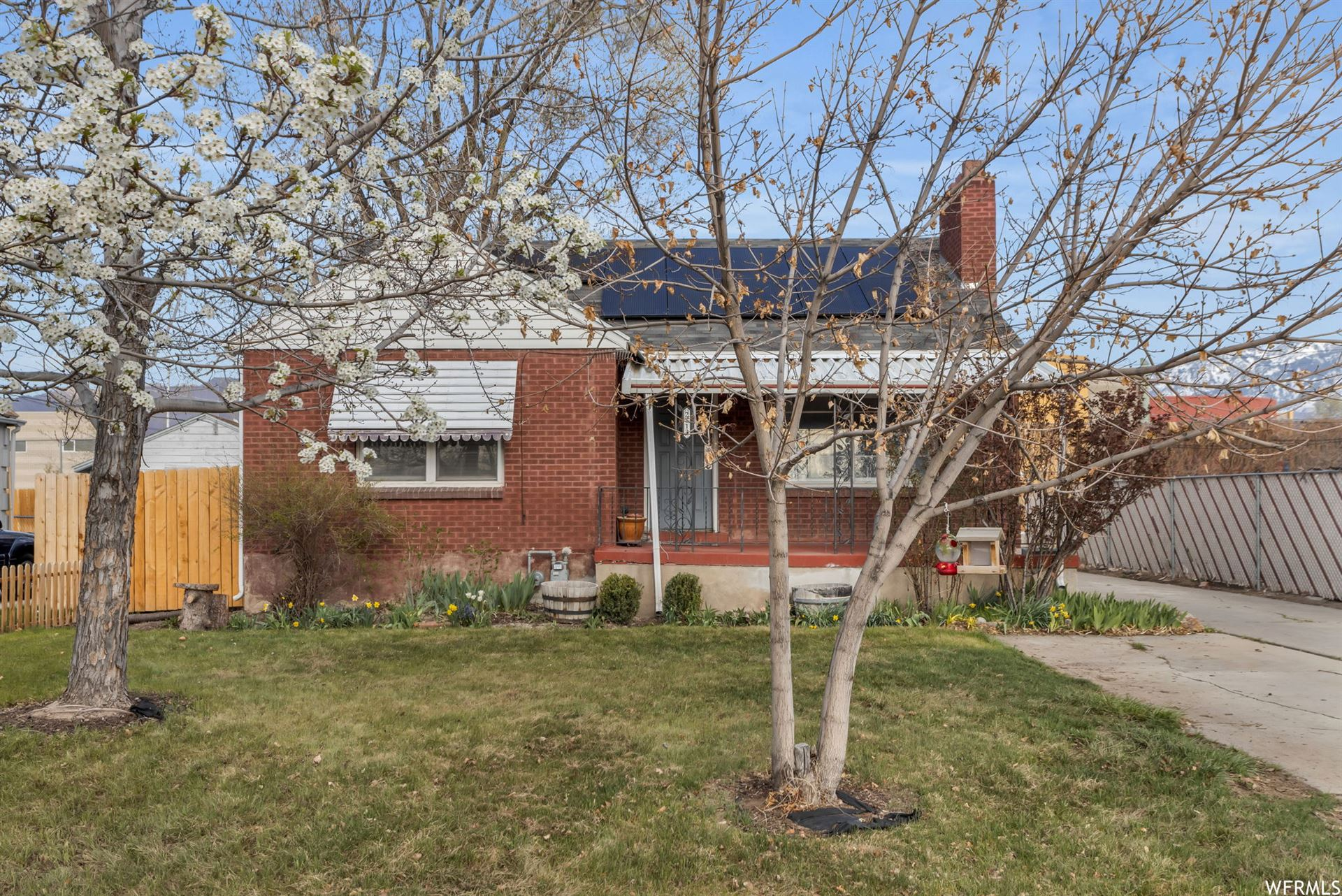 Photo of 2813 S 800 E, Salt Lake City, UT 84106 (MLS # 1734491)