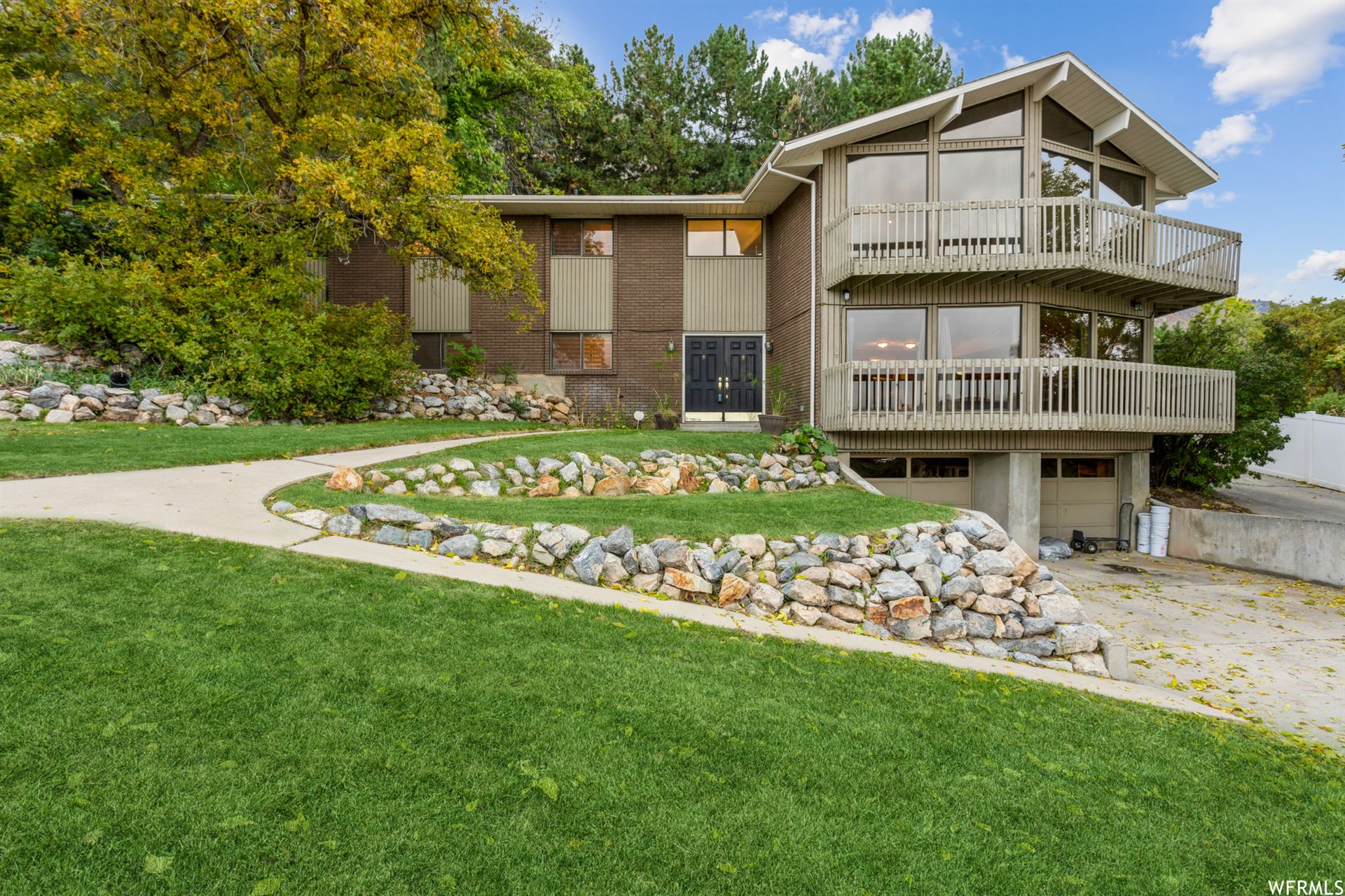 Photo of 3550 FOOTHILL DR, Provo, UT 84604 (MLS # 1775497)