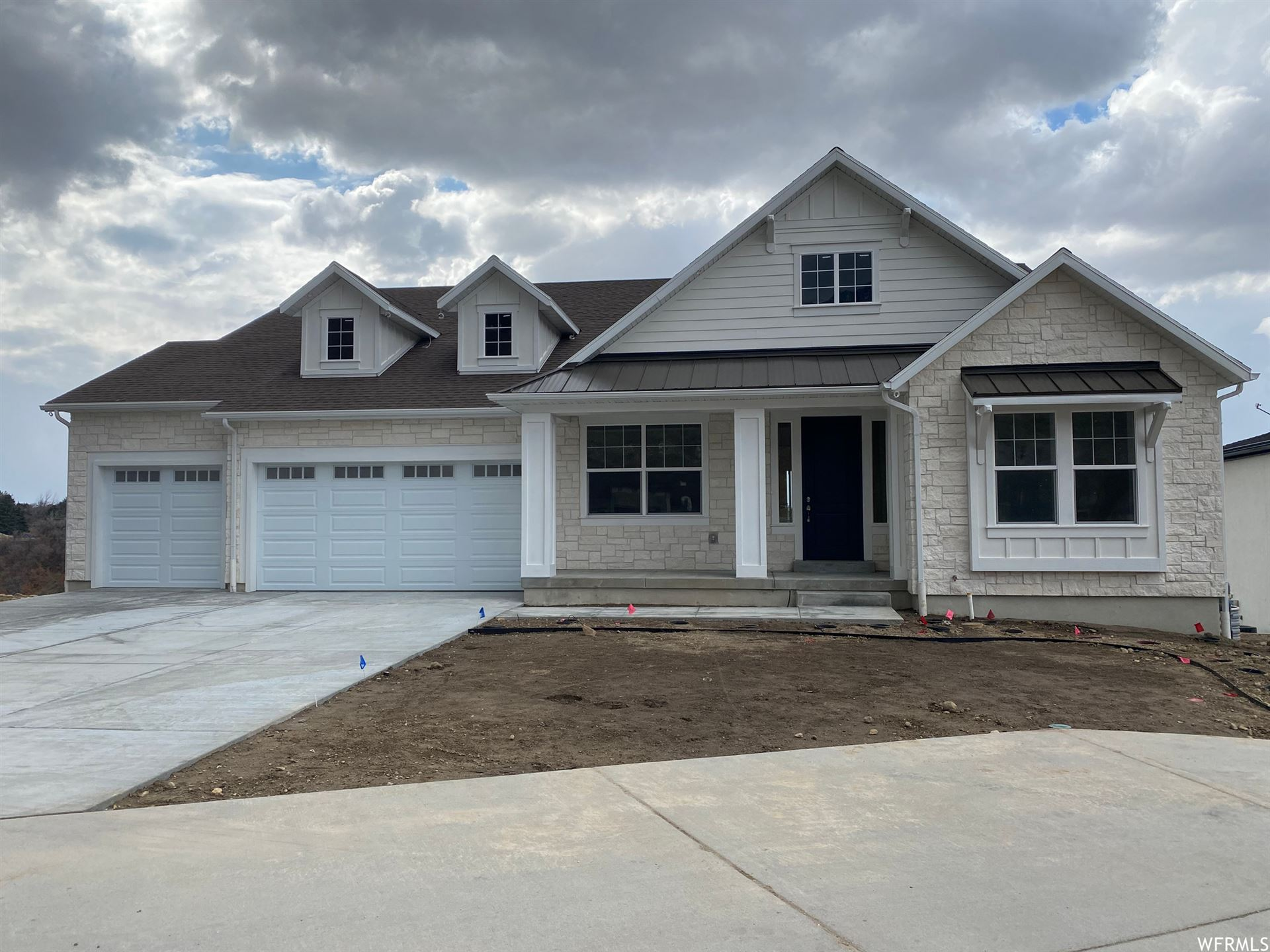 Photo of 9284 S MONET E LN #318, Cottonwood Heights, UT 84093 (MLS # 1732539)