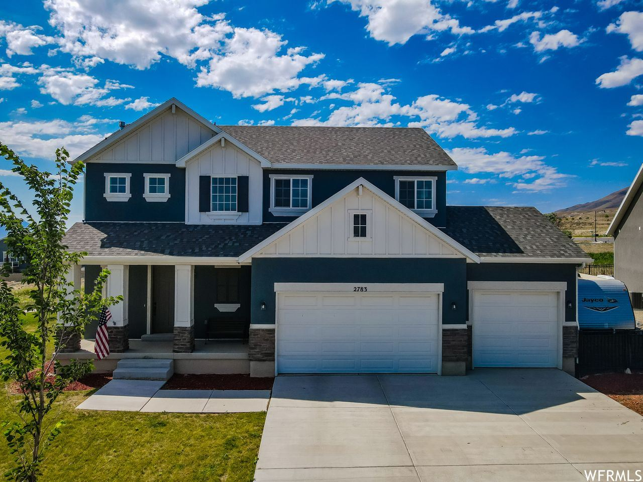 Photo of 2783 S WATERVIEW DR, Saratoga Springs, UT 84045 (MLS # 1770556)