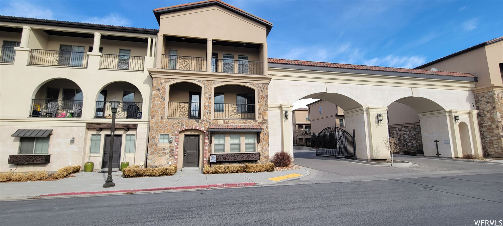 Photo of 5524 PARKWAY W DR, Highland, UT 84003 (MLS # 1727557)