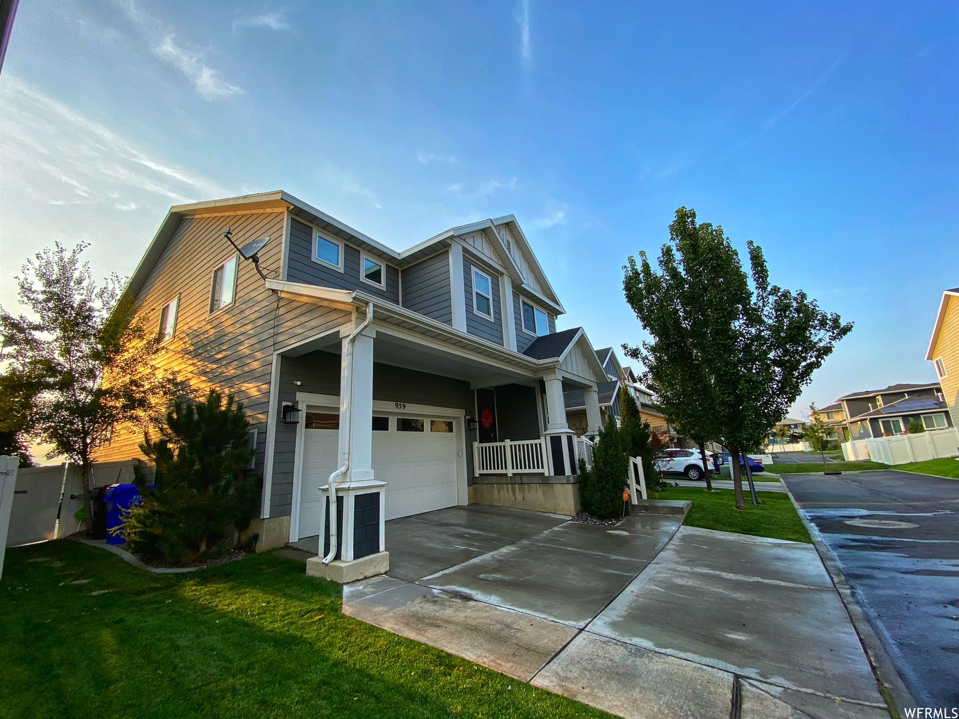 Photo of 959 W DELOREAN LN, Midvale, UT 84047 (MLS # 1733564)