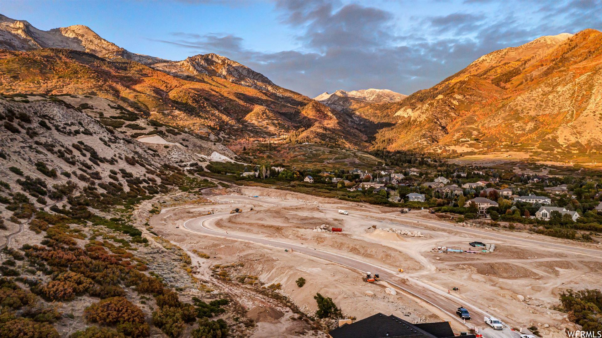 Photo of 1677 N ELK RIDGE LN #18, Alpine, UT 84004 (MLS # 1759567)