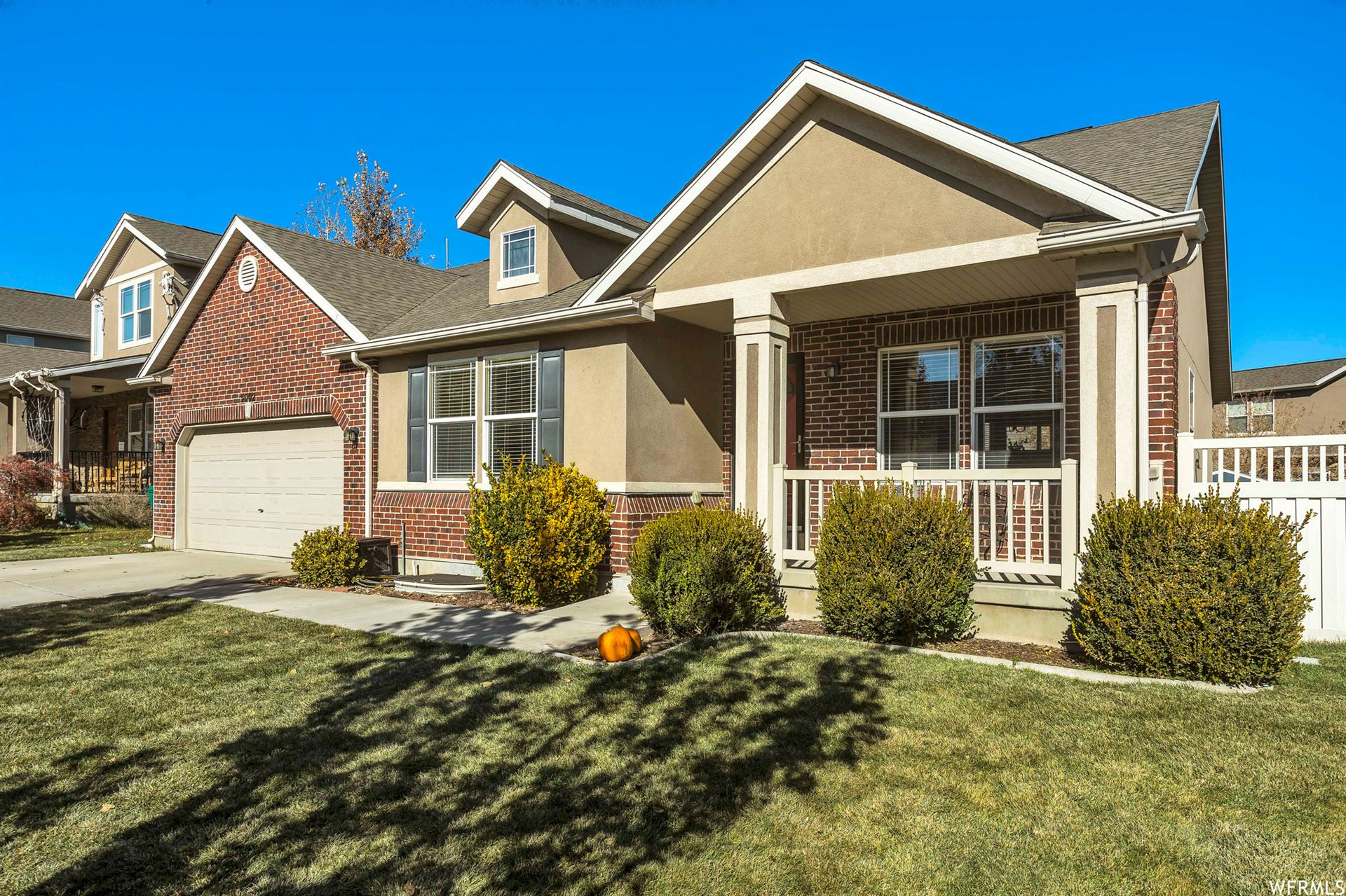 Photo of 5002 W GREENSTREAK DR, Riverton, UT 84096 (MLS # 1727573)