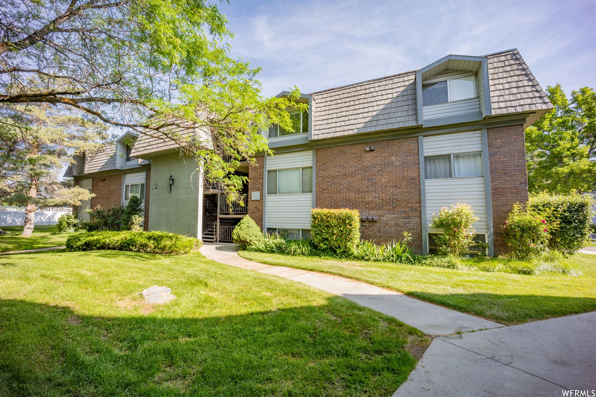Photo of 1768 WILLOWBROOK DR, Provo, UT 84604 (MLS # 1749580)