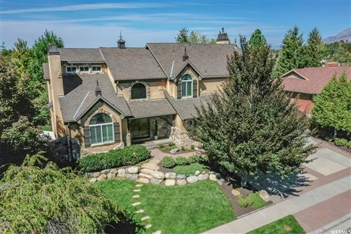 Photo of 11562 S HICKORY VALLEY DR, Sandy, UT 84092 (MLS # 1770585)