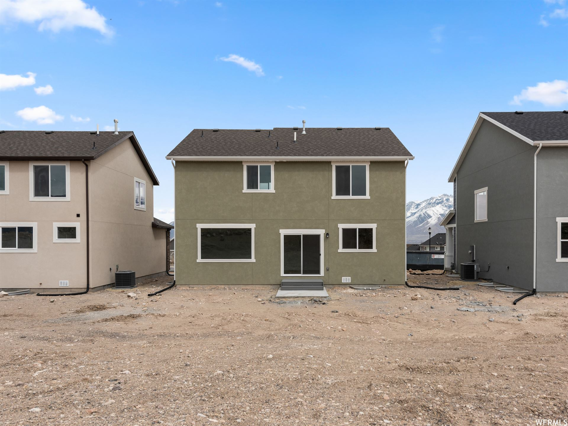 Photo of 1113 S RAINTREE LN #140, Santaquin, UT 84655 (MLS # 1684595)