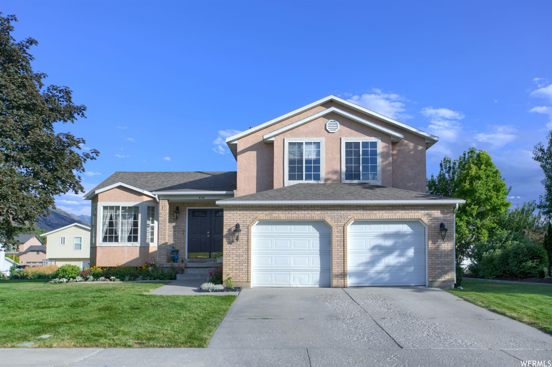 Photo of 4715 W COUNTRY CLUB DR, Highland, UT 84003 (MLS # 1757595)