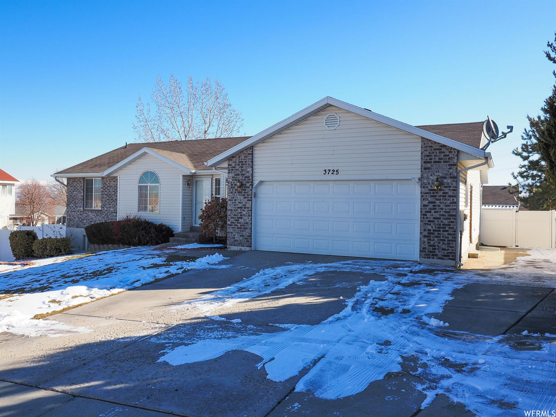 Photo of 3725 S VALLEY POINTE CT, West Valley City, UT 84128 (MLS # 1727608)