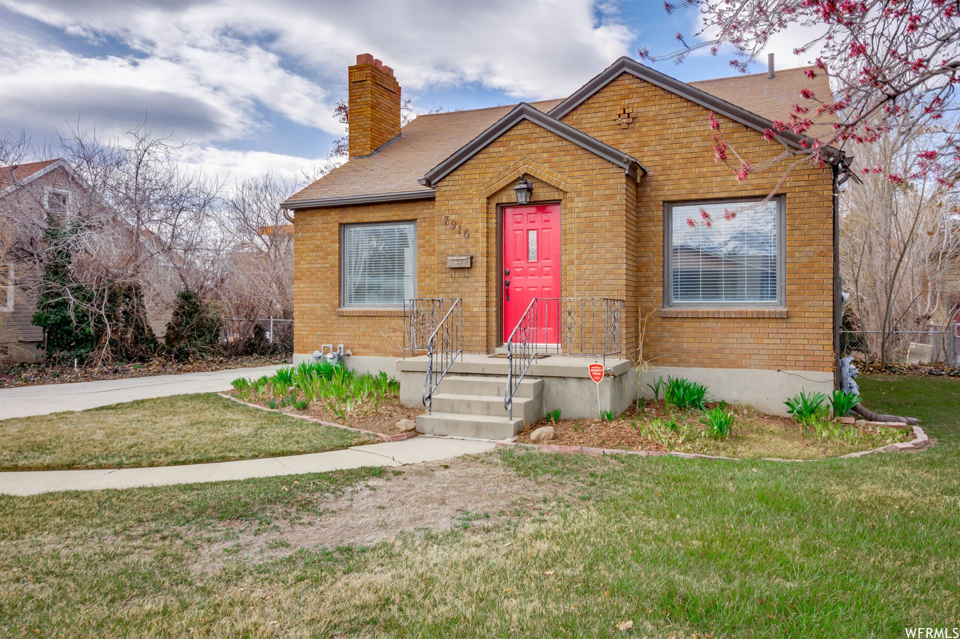 Photo of 7916 S PIONEER ST, Midvale, UT 84047 (MLS # 1731608)