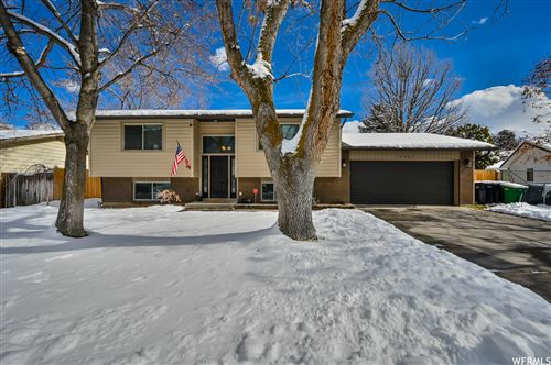 Photo of 10901 S MILL CANYON DR, Sandy, UT 84094 (MLS # 1725615)