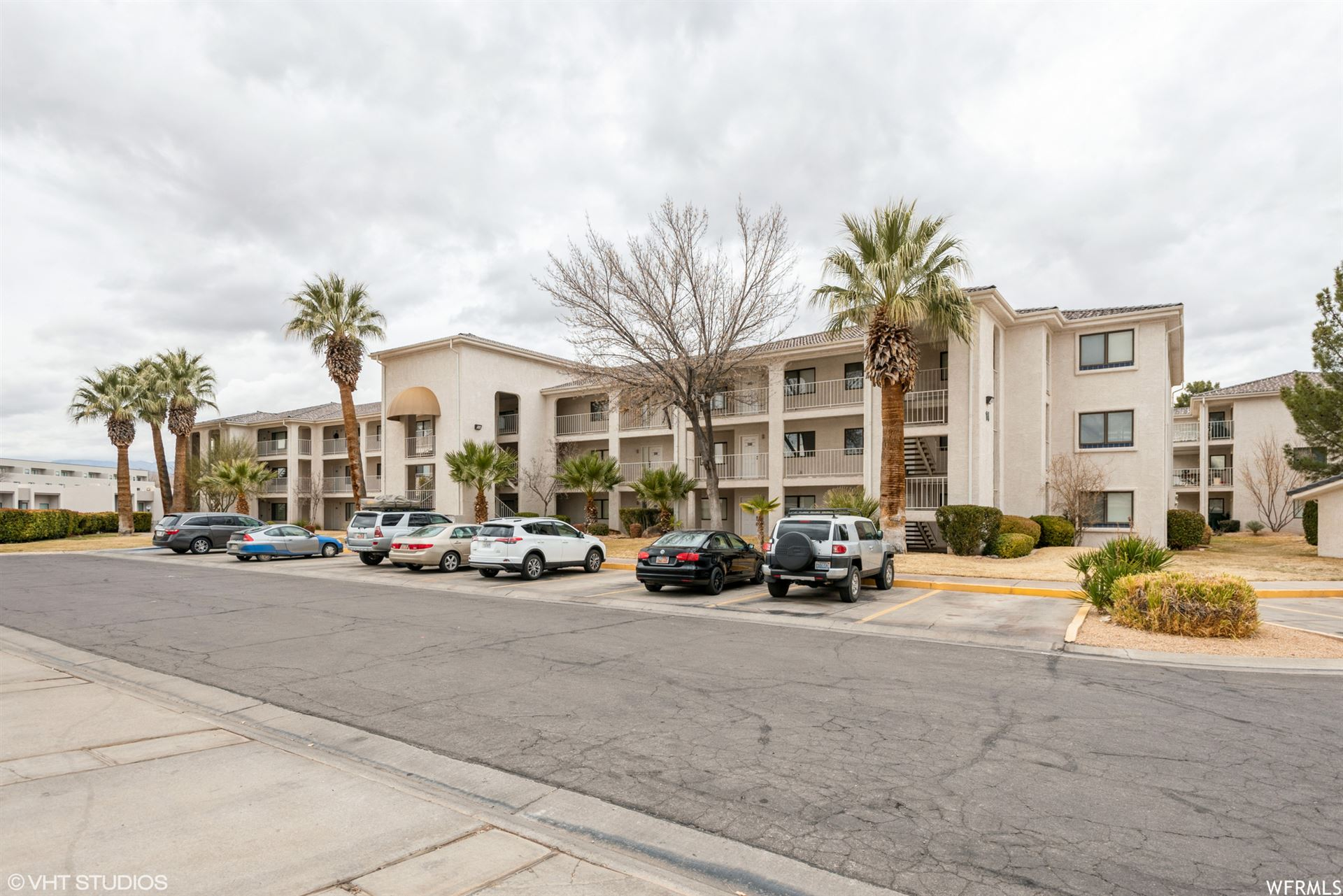 Photo of 1845 W CANYON VIEW DR #1418, Saint George, UT 84770 (MLS # 1721629)