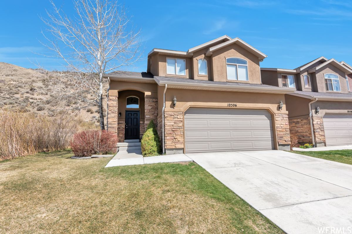 Photo of 10506 N SAGE VISTA LN, Cedar Hills, UT 84062 (MLS # 1734661)