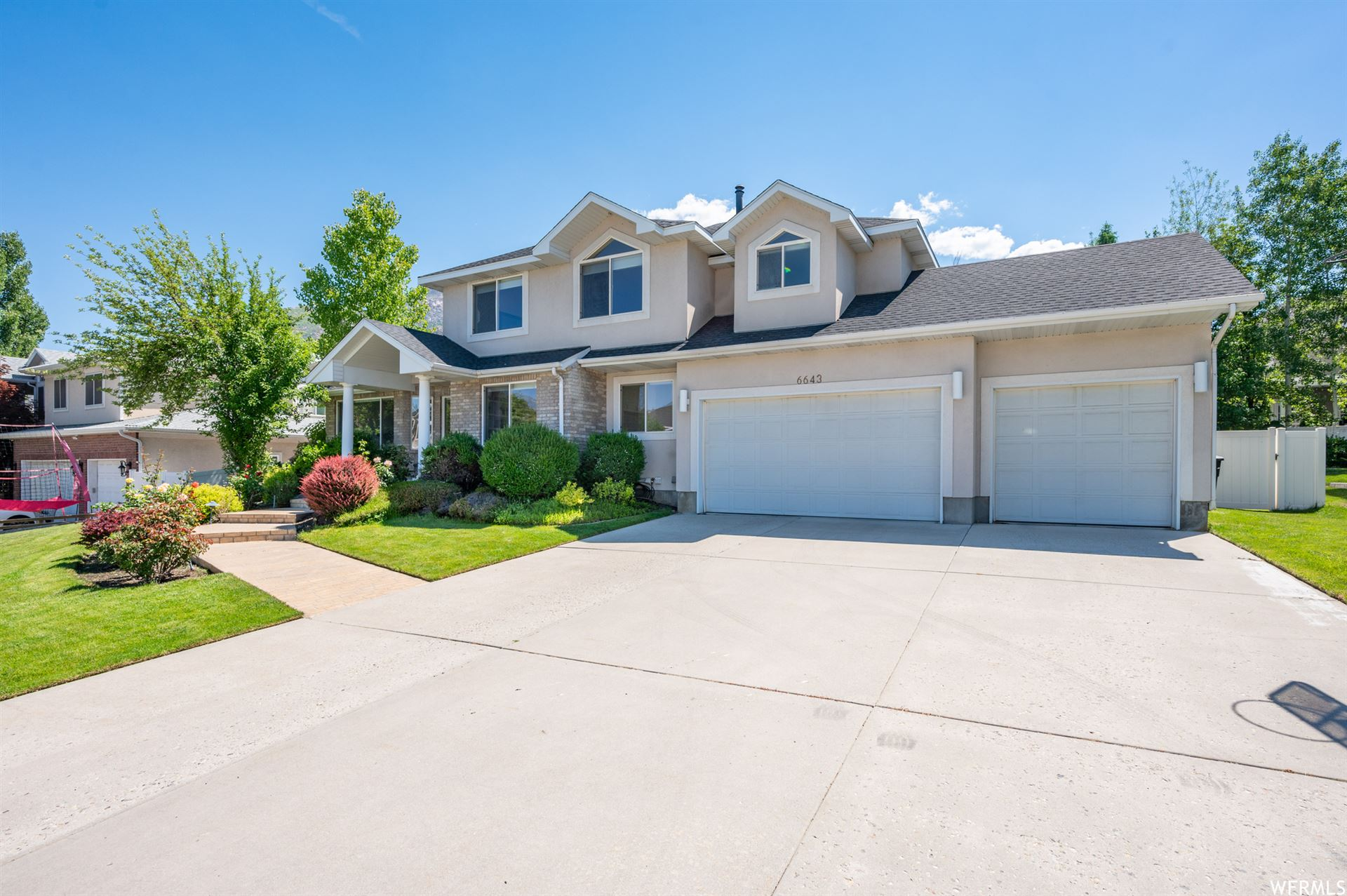 Photo of 6643 S ANNE MARIE DR, Cottonwood Heights, UT 84121 (MLS # 1746681)