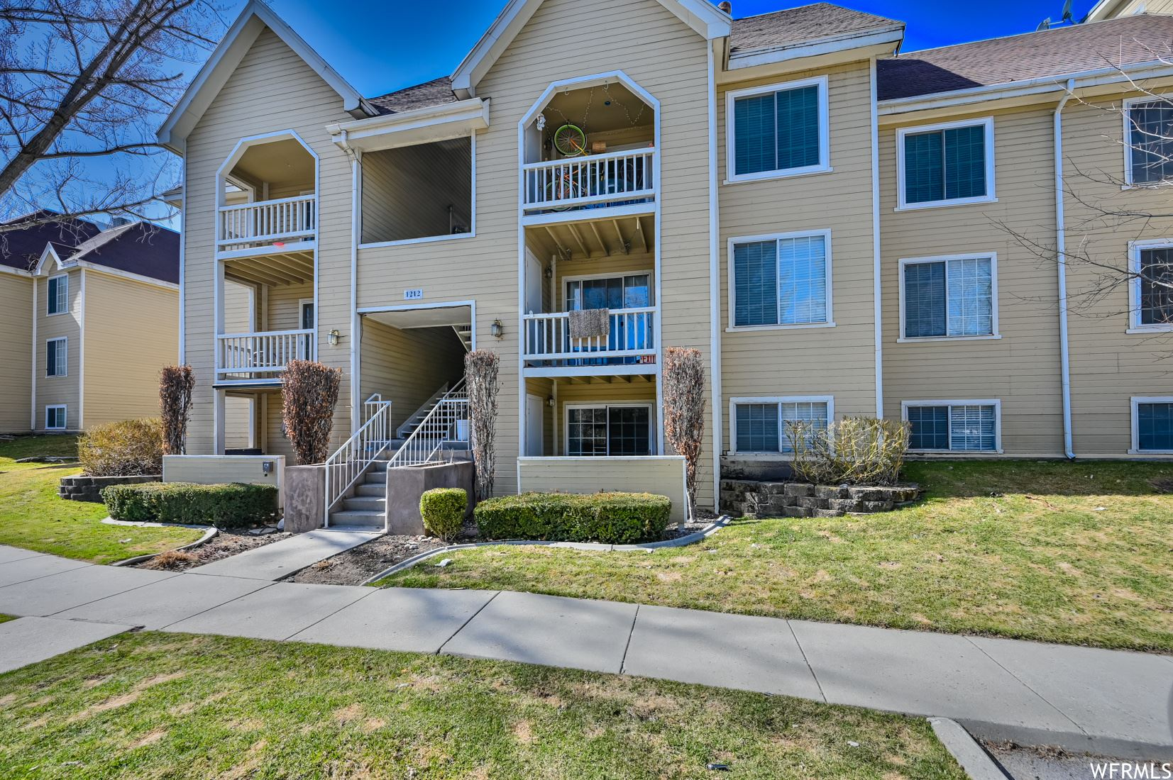 Photo of 1212 E WATERSIDE COVE CV #33, Cottonwood Heights, UT 84047 (MLS # 1731682)