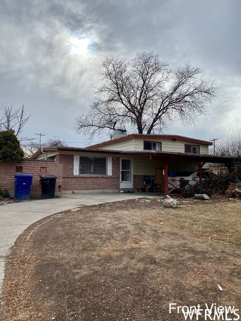 Photo of 1769 W STARDUST DR, Taylorsville, UT 84129 (MLS # 1722689)