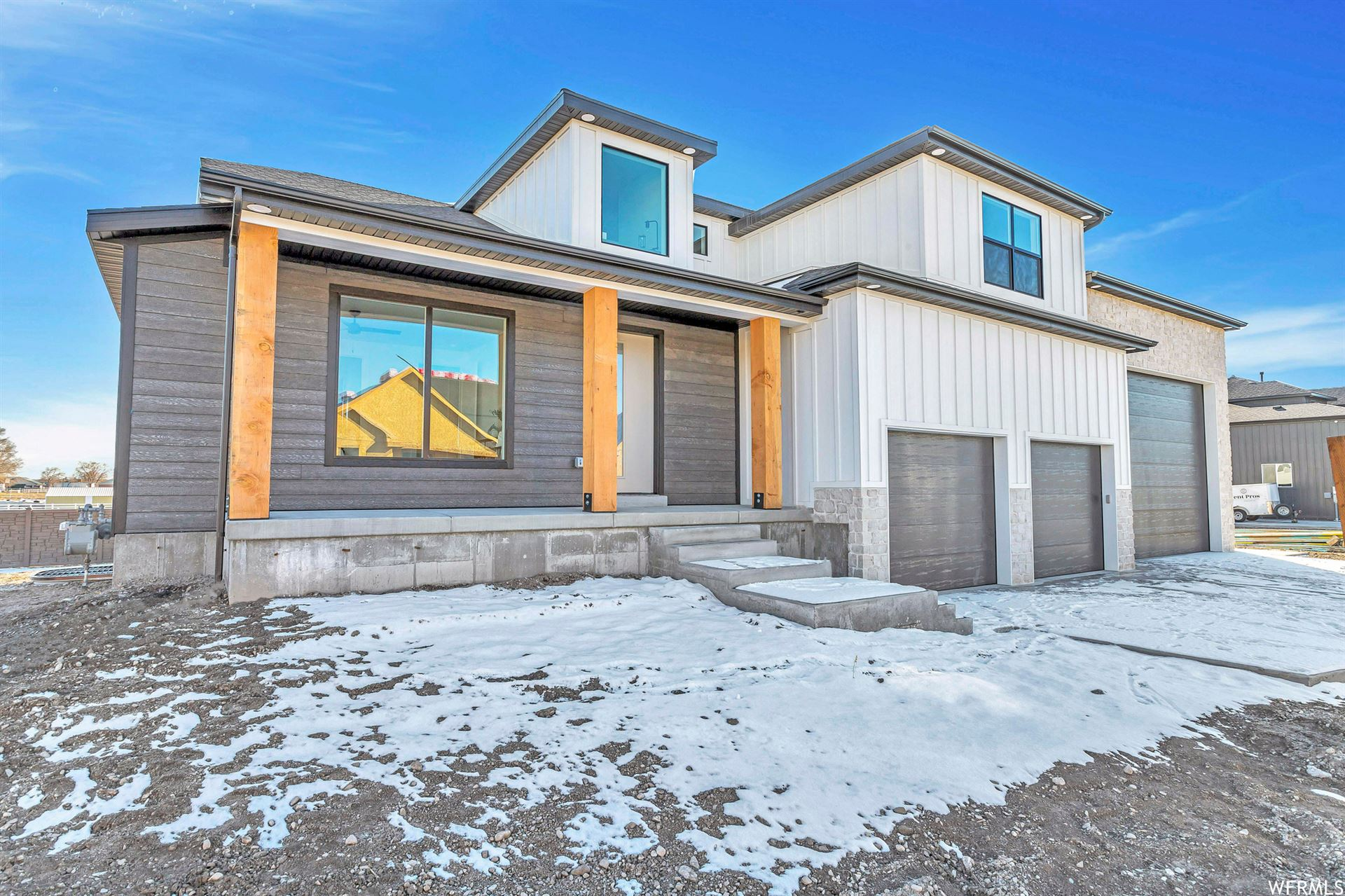 Photo of 1633 S WOOD RIVER W CV #3, Riverton, UT 84065 (MLS # 1727722)