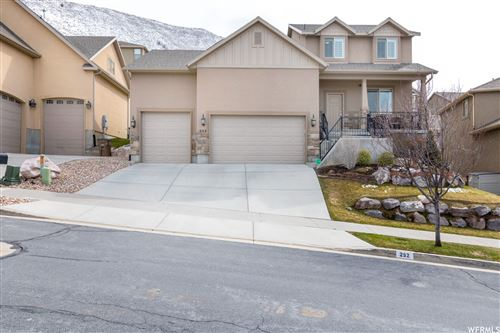 Photo of 252 E RED LEAF S DR, Draper, UT 84020 (MLS # 1731727)