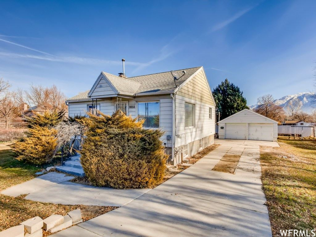 Photo of 9855 S TEMPLE DR, South Jordan, UT 84095 (MLS # 1717775)