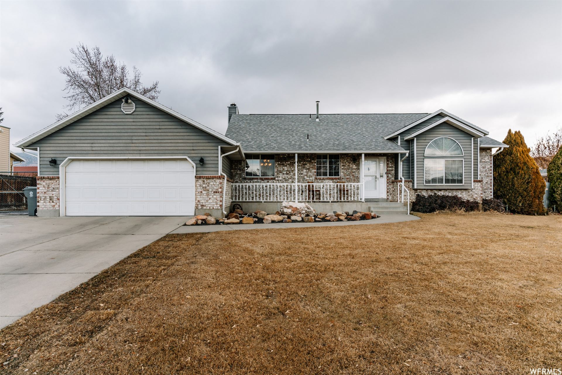 Photo of 904 N 290 E, American Fork, UT 84003 (MLS # 1720781)